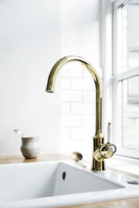 Tradition Kitchen Mixer  (Polished Brass PVD)